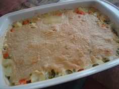 Easy Real Food Chicken Pot Pie: I looove the looks of this recipe!  On the menu this week.  You just mix the crust mixture up and pour it on top - no kneading of pie crust required!