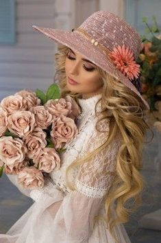 Cute Photography, Most Beautiful Faces, Fairy Dress, Turbans, Floral Hair, Beautiful Actresses, Pretty Face, Hats For Women, Lady