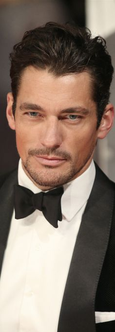 LOOKandLOVEwithLOLO: Model Behavior......Spotlight on DAVID GANDY