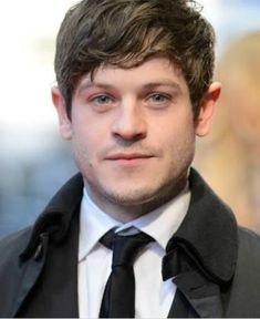 Ramsay Bolton is one of the bad ass characters of the series Game Of Thrones which is played by Iwan Rheon who is also happened to be a singer and musician with Bolton Game Of Thrones, Game Of Thrones Cast, Home Tv, Emilia Clarke, Actors Male, Actors & Actresses, Jon Snow, Youtubers, Ramsey Bolton