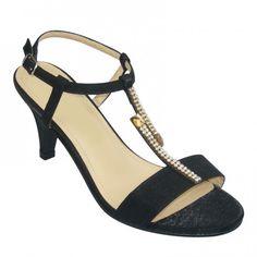 833dd3918d76 Tootsies Shoe Market (tootsiesshoemar) on Pinterest