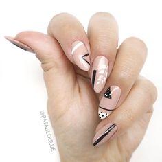 """www.patabloguje.pl  Polubienia: 1,447, komentarze: 120 – Patrycja Kierońska (@patabloguje) na Instagramie: """"Przecież nie zawsze muszę wiedzieć na co mam ochotę na paznokciach, nie?  #semilac #minimani…"""""""