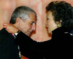 Leonard Cohen, awarded Canada's top honour in Companion to the Order of Canada, awarded by then Governor General Adrienne Clarkson Order Of Canada, O Canada, Love To Meet, My Love, Leonard Cohen, Music Stuff, Dinner, Couple Photos, Party