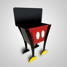 Mini Baú Mickey https://www.impaktovisual.com.br/display-mdf/9933-bau-mickey.html