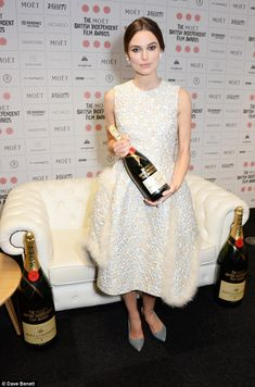 She's a sensation! The British actress looked flawless in her style choice...