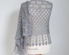 GRACE, Crochet shawl pattern pdf