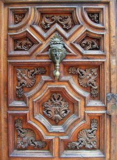 Mexico City door and knocker