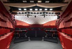 Dietrich I Untertrifaller, Bruno Klomfar · Strasbourg Convention Centre Theatre Architecture, Interior Architecture, Strasbourg, Outdoor Stage, Steel Columns, Innovation Centre, Exhibition Space, Concert Hall, Convention Centre