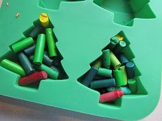 Crayon Ornaments and Gift Tags~Great project to do with them on a rainy day before Christmas  This is AWESOME!