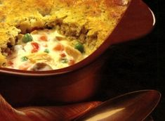 Turkey Pot Pie with Herbed Dumpling Crust Recipe I use fresh veggies when they are in season. This was my first milk calendar cut out recipe! Turkey Recipes, Chicken Recipes, Turkey Meals, Casserole Dishes, Casserole Recipes, Quick Biscuits, Biscuit Cinnamon Rolls, Thing 1, Crust Recipe