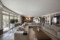 Uiterst riant landhuis met zwembad en vloeroppervlak van zo'n 600 m² (!)…