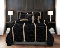 Today we give you some ideas to decorate your room in black white and gold comforter set, both in home clothes and objects of decoration. White And Gold Comforter, Gold Comforter Set, Luxury Comforter Sets Queen, Black Comforter, Bed Comforter Sets, Modern Comforter Sets, Designer Comforter Sets, Black Gold Bedroom, Couches