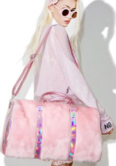 Sugarbaby Shagadelic Weekender iz all set for a shaggin' good time. This superr pretty weekender bag features an amazing fluffy pink colored faux fur structured shape with hologram sides 'n trim that beautifully reflect rainbow prisms with every mova ya make, complete with a logo lined interior that's xXxtra roomy, with dual carrying handles and an adjustable and removable shoulder strap.