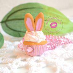 Sautoir Cupcake Oreilles de Lapin en Fimo et Crème Wepam