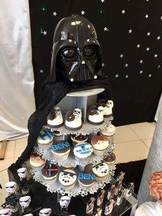 Atelier Sweet Joy's Birthday / Star Wars - Photo Gallery at Catch My Party Star Wars Cupcakes, Star Wars Cake, Space Baby Shower, Boy Baby Shower Themes, Theme Star Wars, Star Wars Party, Star Wars Birthday, Boy Birthday, Birthday Parties