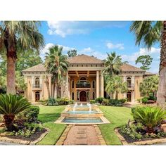One of the most beautiful homes we've posted! From the porte-cochère to the dream backyard this place is sure to impress you. Listed at $7,500,000. See it now at www.PriceyPads.com. #mansion #luxury #architecture #pool #fountain #houston #texas #unitedstates #manor #Mediterranean #lavish #tropical #palmtree #gorgeous #beautiful #love #stunning