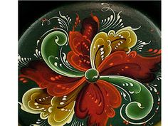.Autumn colors are some of my favorites in rosemaling - I can't wear them but I love the warmth found in looking at them.