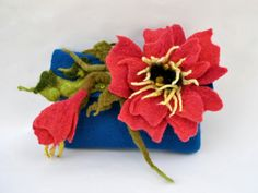 woolen pouch /  kindle cover  / small clutch bag / Handmade Felt / Wallet / Phone Case  / Felt bag / Handmade bag / Wool felted bag / Purses