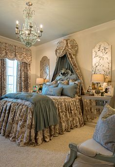 Kimberly Grigg for Knotting Hill Interiors Beautiful Bedrooms, Traditional Bedroom, Interior, Bed Linen Design, Luxurious Bedrooms, Bedroom Inspirations, Bedroom Colors, Hill Interiors, Bedroom Styles