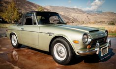 The wickedly fun Datsun Fairlady Roadster deserves a lot more attention. Japanese Cars, Vintage Japanese, Datsun Roadster, Cab Over, Cute Cars, Old Ones, Automobile, Nissan, Antique Cars