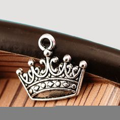 25 pcs alloy princess crown pendant antique silver 16x19mm DIY necklace bracelet charms, wholesale DIY craft accessory by RiverCraftSupplies on Etsy
