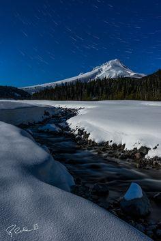 Star Trails over Mt. Hood Oregon [OC][10681600] #reddit
