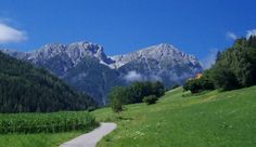 SAN CANDIDO LIENZ UNA CICLABILE PER TUTTE LE GAMBE | Viagginbici Paradise On Earth, Trekking, Cinque Terre, Mount Rainier, Places To See, Golf Courses, Tourism, San, Travel