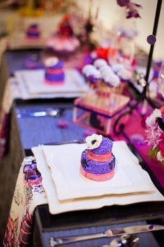 Mini purple cakes {Just Wenderful} #weddings (missi....I have mini cake pans!)