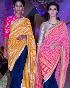 Colour combinations for Banaras Saree Saree Blouse Patterns, Saree Blouse Designs, Sari Blouse, Pakistani Outfits, Indian Outfits, Ethnic Outfits, Indian Attire, Indian Wear, Bandhani Saree