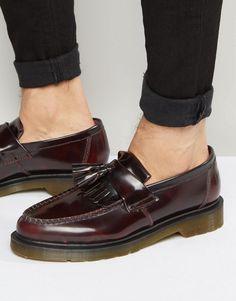Dr Martens Adrian tassel loafers in burgundy – Shoes Dr Martens Adrian, Dr Martens Men, Dr Martens Boots, Brown Loafers, Penny Loafers, Loafers Men, Loafers Outfit, Tassel Loafers, Leather Loafer Shoes