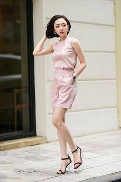 Set áo và quần có túi màu hồng dễ thương