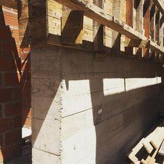 """""""mais concreto"""" #amomeutrabalhocadadiamais #arquitetandosonhos #arquitetura #ahessarquitetura #concreto #formas"""