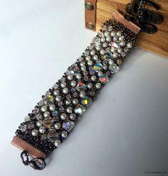 Bracelet - Knit Wire Bracelet - Knitted Bracelet - Crystal Bead and Wire Knit Bracelet - White Crystal and White Pearl