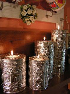 kiwilivingblog: Svícny.... Aluminum Can Crafts, Tin Can Crafts, Metal Crafts, Jar Crafts, Diy And Crafts, Pewter Art, Pewter Metal, Tin Foil Art, Copper Lampshade