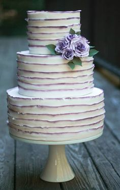 To see more amazing wedding cakes: http://www.modwedding.com/2014/11/01/utterly-speechless-romantic-wedding-cakes/ #wedding #weddings #wedding_cake Cake: Erica O'Brien Cake Design: