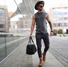 Støvler og lue er ikke noe annet enn cowboy # livsstil # fashion … Botas y sombrero ya no nada más es vaquero – Favoritt motetips Outfits With Hats, Mode Outfits, Casual Outfits, Fashion Outfits, Men's Fashion, School Outfits, Fashion Advice, Summer Outfits, Style Streetwear