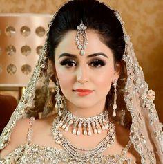 Beautiful angel Samiksha ready for her wedding ceremony  Pakistani Bridal Makeup, Pakistani Wedding Outfits, Bridal Outfits, Bridal Makeup Looks, Bridal Beauty, Bridal Looks, Wedding Makeup, Bridal Style, Mehndi