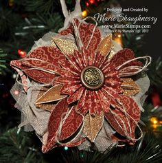 Keepsake Holiday Ornament featuring Stampin' Up!'s Holiday Collection Framelits and Natural Composition Designer Series Paper by Stamping Inspiration @ MarieStamps.com.
