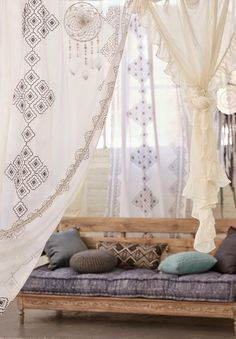 some inspirations of bohemian lifestyle to have a peaceful weekend... ENJOY THE WEEKEND !!! p ...