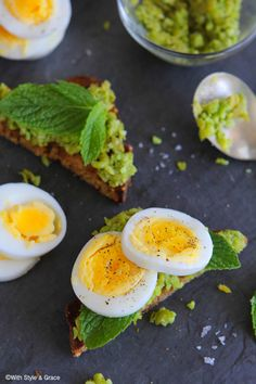 #Breakfast idea: Soft-Boiled Eggs with Mashed Peas & Edamame over #Glutenfree Toast #recipe by @WithStyleGrace