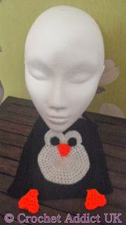 """Penguin Bib Both crochet pattern and made to order bib available"""" data-componentType=""""MODAL_PIN Crochet Baby Bibs, Free Crochet, Baby Penguins, Penguin Baby, Learn To Crochet, Crochet Patterns, Crochet Ideas, Baby Gifts, Free Pattern"""