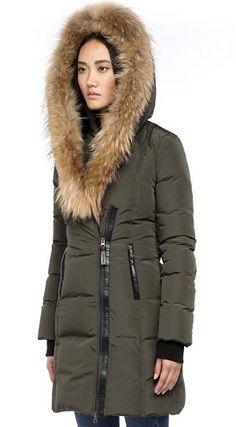 Womens long down coat hood – Novelties of modern fashion photo blog