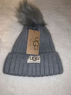 f478f0b0bbba4 NWT Gray UGG Womens Solid Ribbed Fleece Lined Winter Beanie Hat With Pom Pom   fashion