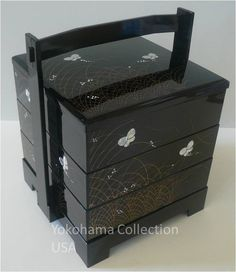 "Japanese Black Lacquer 3 Tiers Stack ""JUBAKO"" Bento Box Butterfly W/Handle"