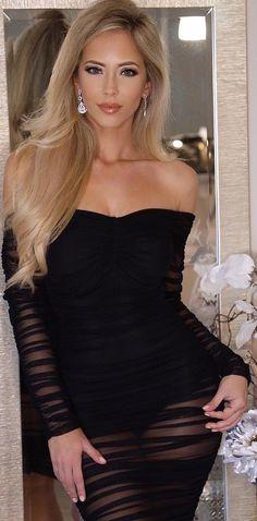 Stunningly Beautiful, Black Is Beautiful, Beauté Blonde, Sexy Curves, Bride Hairstyles, Sexy Hot Girls, Dress Me Up, Beauty Women, Amanda