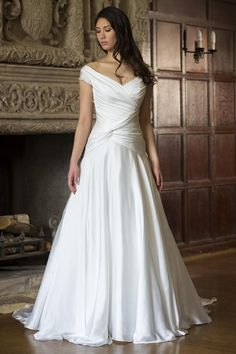 KleinfeldBridal.com: Augusta Jones: Bridal Gown: 32999203: A-Line: Dropped Waist