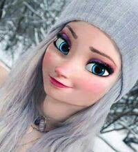 Elsa looks so cute in her winter outfit. Emo Disney, Disney Actual, Disney Girls, Disney Art, Disney Movies, Disney Princess Fashion, Disney Princess Drawings, Disney Princess Pictures, Disney Pictures