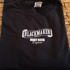Blackmaker Brand Root Beer liquor shirt! This is a cool shirt to own! It's never been worn, it has no holes or stains. It is a men XL, it's not from hot topic but it's listed for the views. It comes from a smoke free environment. I no longer do holds. I ship Monday-Friday. And I don't trade, so please don't ask. Hot Topic Tops Tees - Short Sleeve