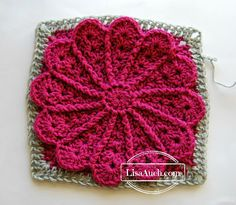 Free crochet pattern: Pane in my Dahlia 12 inch afghan square by Lisa Auch