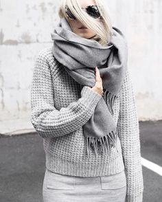Bundled + Wrapped...last of the Winter looks on the blog! (link in profile) ❄️❄️ #ootd #myaritzia #greyongrey #figtny